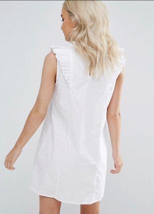 Белое платье с рюшами воланами и вышевкой zara zara2