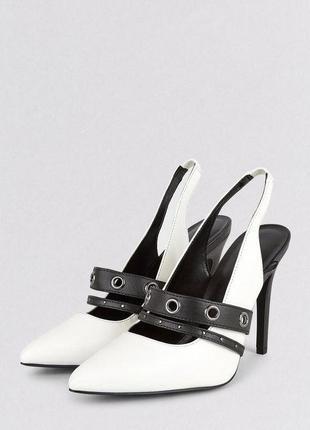 Новые туфли лодочки черно белые new look1