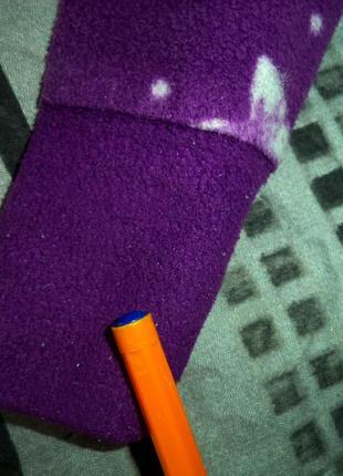 Флисовый свитшот в пижамном стиле с асимметричной длиной.9