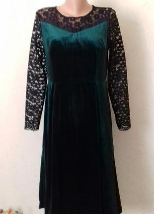 Бархатное платье с кружевными рукавами3