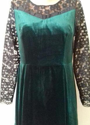 Бархатное платье с кружевными рукавами5