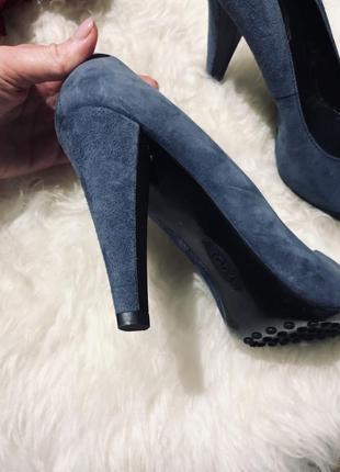 Шикарные кожаные туфли известного бренда2