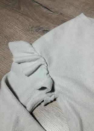 Крутой свитшот с рюшами (воланами) на рукавах от zara3 фото