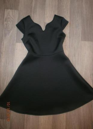 Красивое платье 44-46р