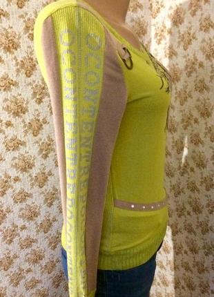 Симпатичный яркий свитерок в рубчик размер s-m2