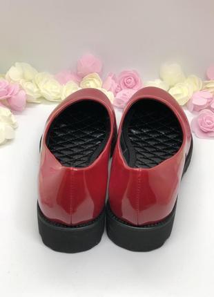 Красные лаковые туфли3