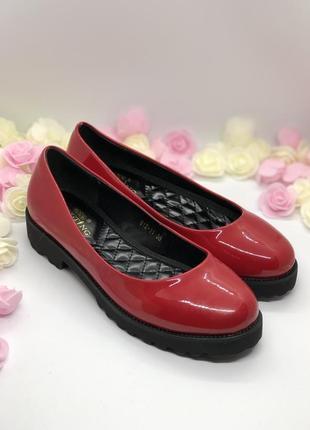 Красные лаковые туфли6