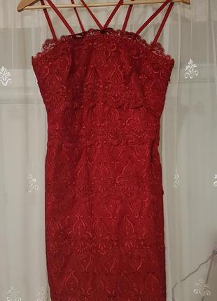 Красивое кружевное коктейльное платье h&m.4