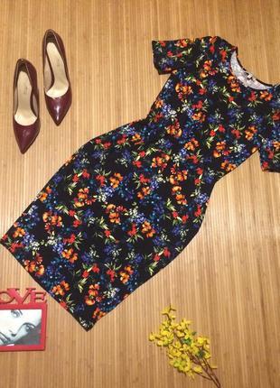 Красивенное платье по фигуре, размер l1