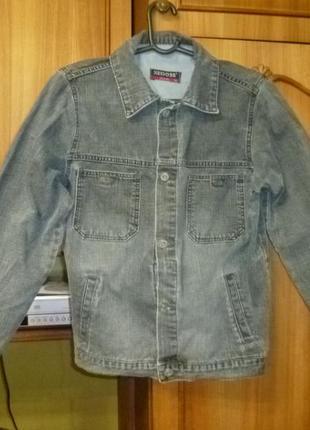 Джинсовая куртка-ветровка xedoss jeans отличное состояние,32 рамер