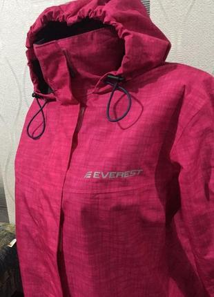 Женская куртка ветровка everest3