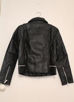 Черная косуха mango, испания. женская кожаная куртка, кожанка9