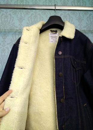 Теплая джинсовая куртка с мехом pull and bear4 фото