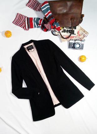 Базовый удлиненный пиджак без застежек1 фото