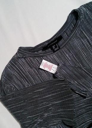 Крутой плиссированный комплект кюлоты + блуза (футболка) в цвете серебро4 фото