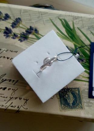 Необычное серебряное кольцо с фианитом zarina4