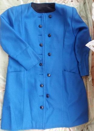 Крутое пальто деми шерсть escada синее 48-50р.