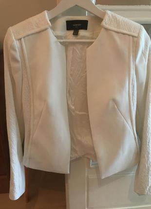 Mango білий костюм