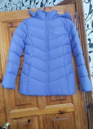 Продам женскую утепленную куртку fila.