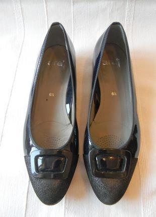 Жен.кожаные лакированные туфли ara