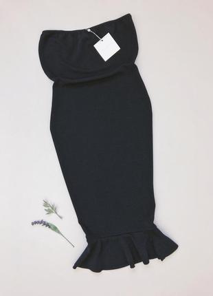 Темно синя плаття міді