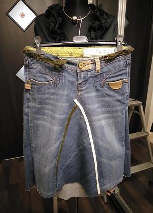 Джинсовая миди юбка - с элементами ручной работы