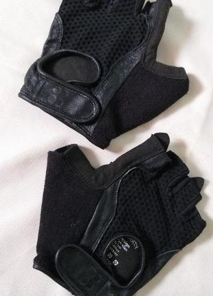 Перчатки для спорта sweaty betty размер m