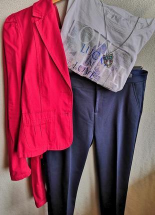 Укороченые брюки со стрелкой и лампасами