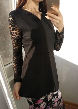 Черная блузка /баска с гипюровыми руковами