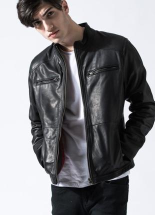 Кожаная куртка barneys originals.