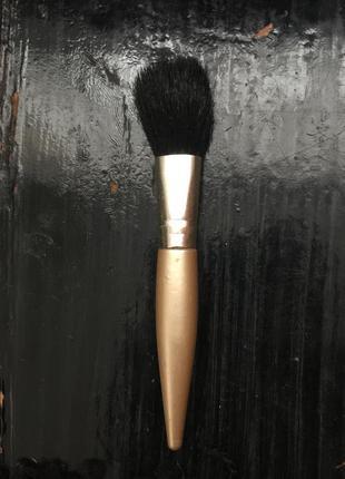 Кисть для макияжа фирми h&m