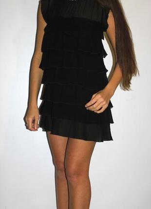 Черное шифоновое платье ( камни вокруг горловины )