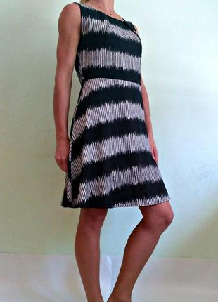 Легкое платье с подкладкой