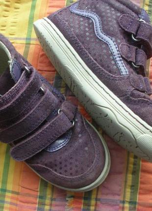 Замшевые высокие кеды,ботиночки vertbaudet для девочки на 28 р