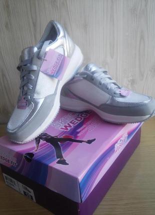 Классные кроссовки сникерсы skechers active fashion sneakers
