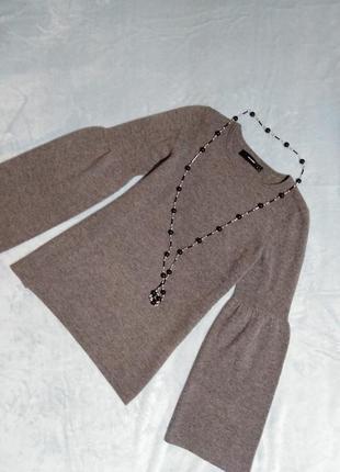 Серый шерстяной стильный джемпер