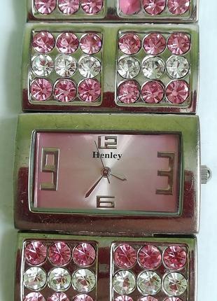 Часы-браслет с камнями henley