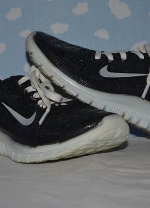 31 размер продам крутые беговые кроссовки для девочки nike