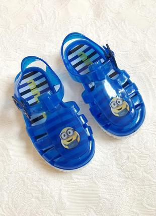 Cиликоновые босоножки/аквашузы/мыльницы minions, пляжные сандалии