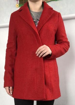 Идеальное красное пальто бойфренд