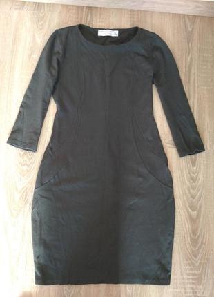 Платье силуэтное трикотажное серое zara
