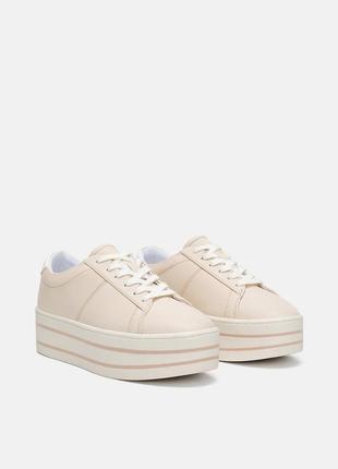 Удобные новые кеды кроссовки на танкетке фирмы zara. есть размеры