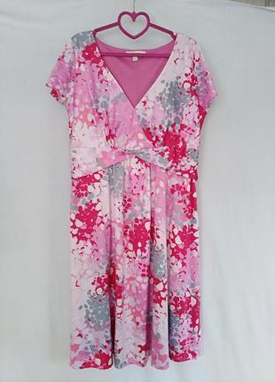 Яркое весеннее платье в принт с красивой линией талии))размер 14)) смотрите замеры