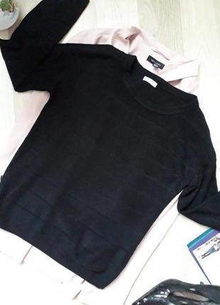 Чорный  свитер р.36-38