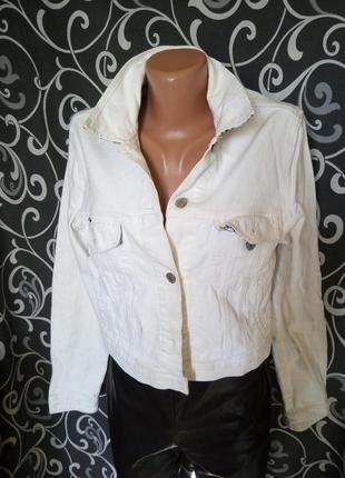 Джинсовая брендовая куртка курточка короткая