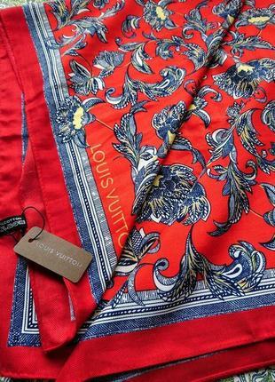Прекрасный платок 90×90см