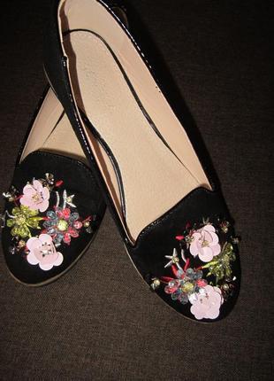 Балетки, замшевые туфли в цветы