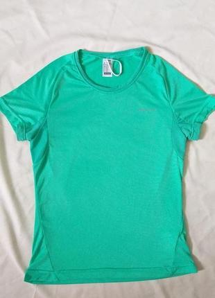 Шикарная спортивная футболка decathlon размер xs