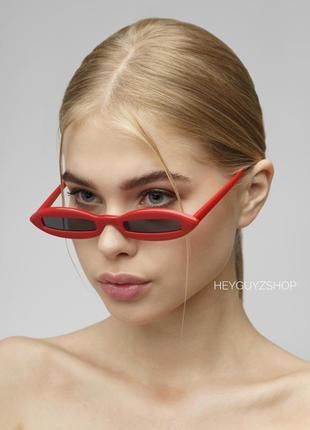 Узкие солнцезащитные очки в пластиковой оправе sci fi скай фай красные купить киев