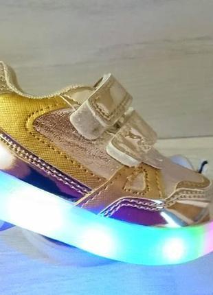 Детские кроссовки по 200 грн. размеры под фото